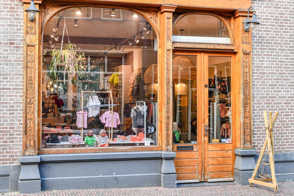 Kroost Mini & Jeugdmode | winkeltjes  | Ontdek Meppel | Weet wat er speelt.