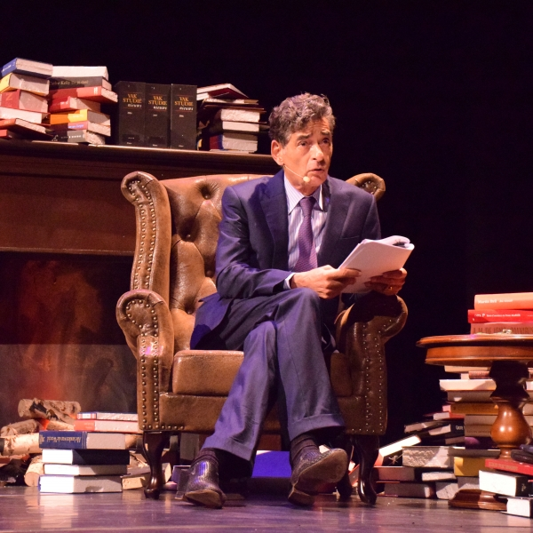 Mr. Gerard Spong - In vertrouwen - theater | Ontdek Meppel | Weet wat er speelt.