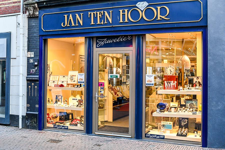 Jan Ten Hoor   winkeltjes    Ontdek Meppel   Weet wat er speelt.