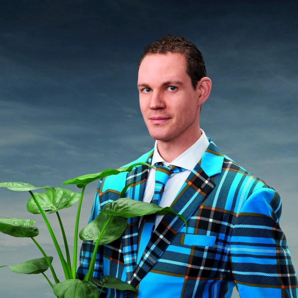 CABARET: Tim Fransen - De Mens En Ik - theater   Ontdek Meppel   Weet wat er speelt.